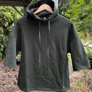 Alo Yoga Fall Short Sleeve Pull Over Hoodie